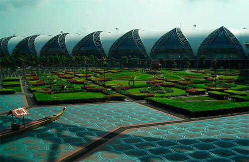 Park of the Suvarnabhumi International Airport (Bangkok).
