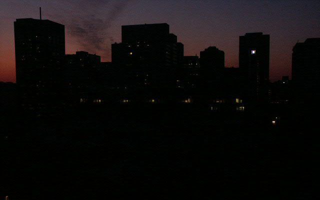 The city of Toronto (Canada) in the dark during the power cut of 2003 (Wikimedia Commons).