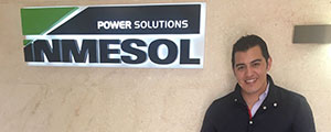 El gerente de ERLUX Power Group visita INMESOL